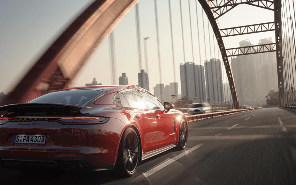 Porsche Inter Auto Slovakia: obsah, ktorý baví